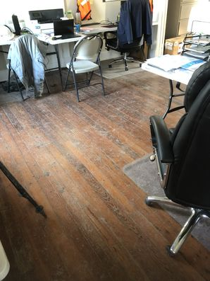 Before & After Office Floor Cleaning in Baker, LA (1)